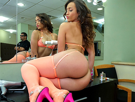 bangbros Kelsi Monroe and Her Big Ass Please A Fan