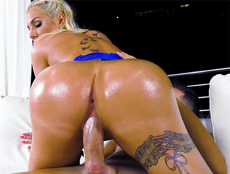bangbros Kyra's Amazing Big Ass And Tits