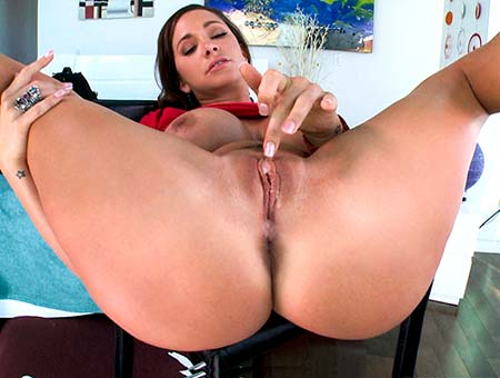 bangbros Sexy Brunette Has That A1 Pussy