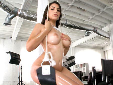 bangbros Italian Girl With Big Juicy Tits Gets Her pussy Filled With Cum!
