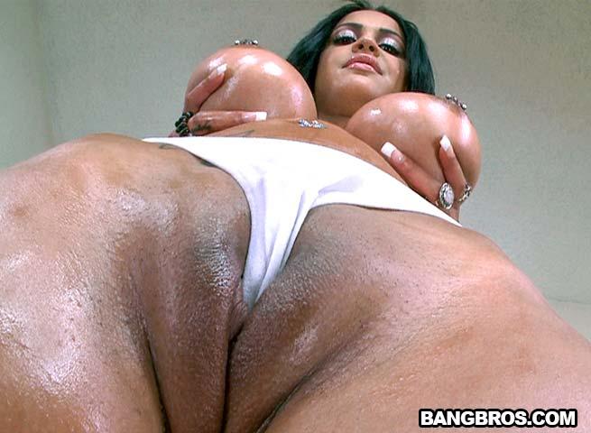Big tit brunette creampie