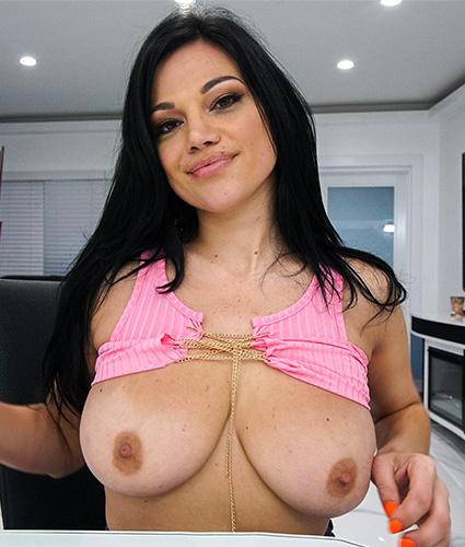 pornstar Mona Azar