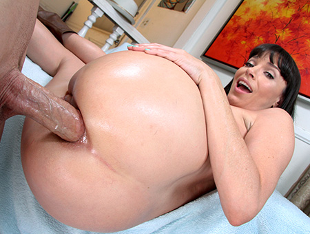 bangbros Dana De Armond Gets Anal Fucked and Throat Banged!