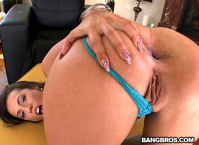 big ass kelsi monroe doing anal